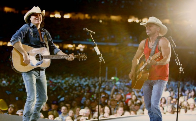With a Little Help From Pal Kenny Chesney, David Lee Murphy Defies the Odds to Get Back on Top